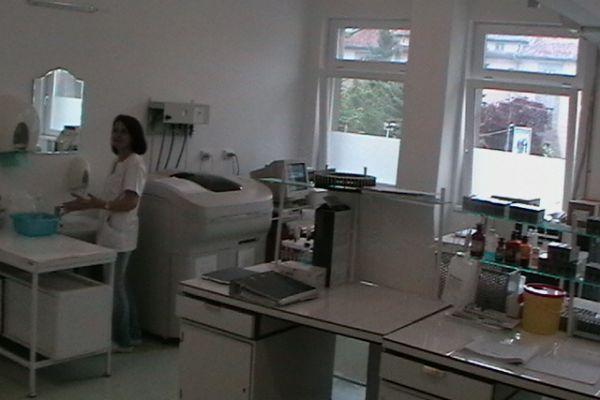 foto-spital-029BEB0A3BA-D779-D17F-C20B-822572479777.jpg