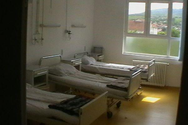 foto-spital-054644C8A96-72B3-7137-9B2B-DC72273382BF.jpg