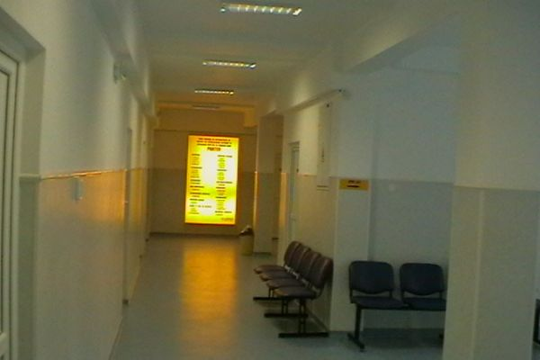 foto-spital-01615080EFE-1ECA-FD9E-D76D-D6D8AFF92BFF.jpg
